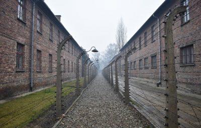 uomo sopravvissuto all'olocausto