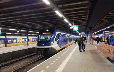 station, trein, train, commuting, pendolarismo