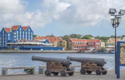 analizzare l'identità dei caraibi olandesi